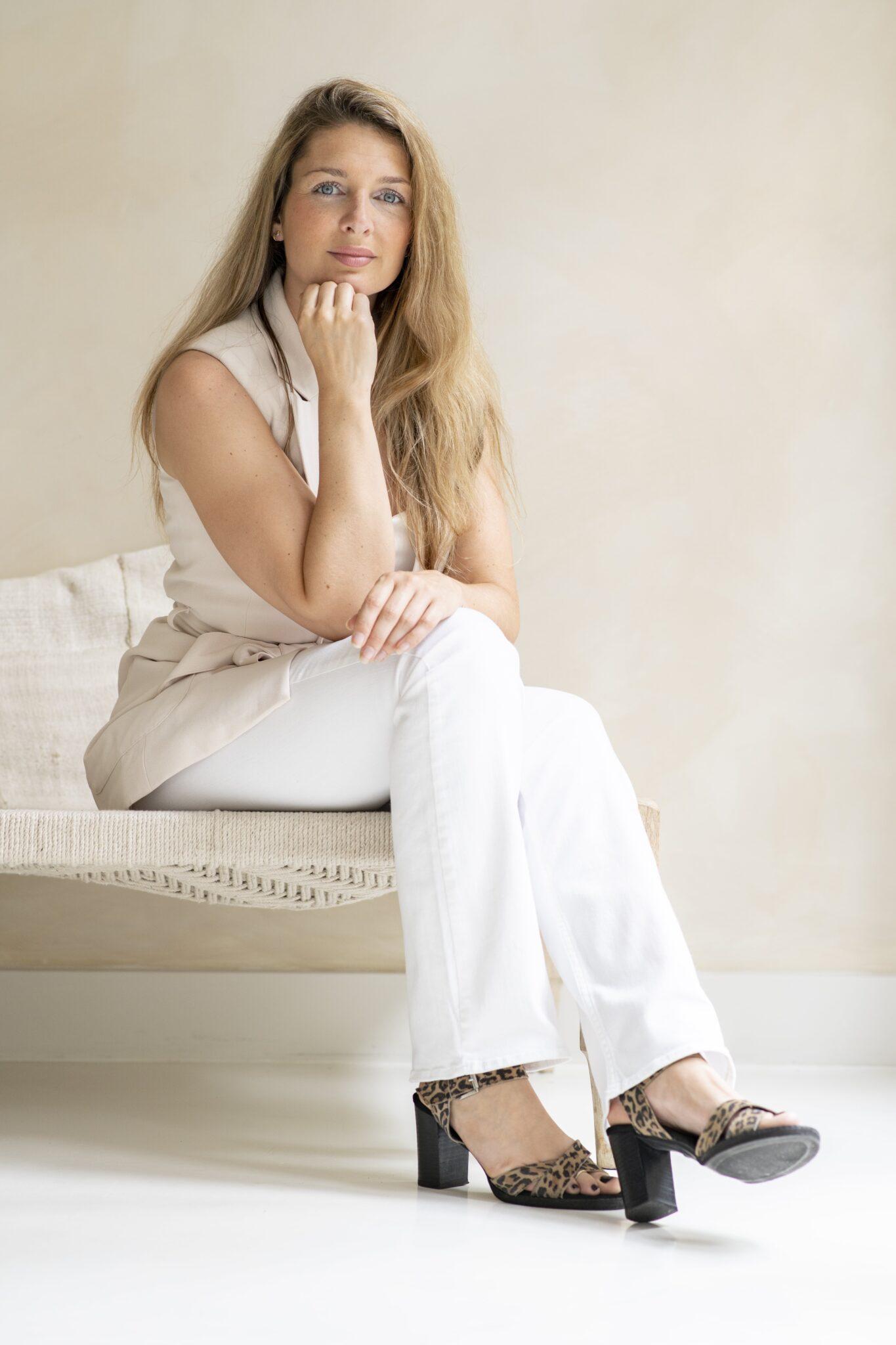 Chantalle Nühn   Eigenaresse Omchanti yoga